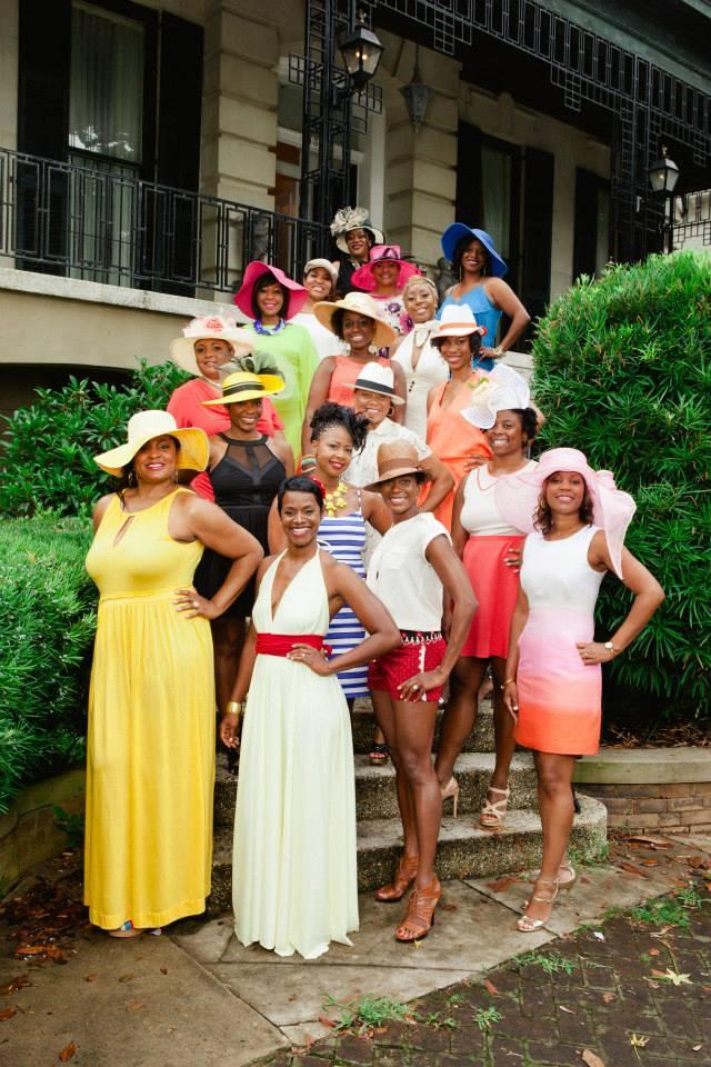 Women-with-hats-Savannah-Girlfriends-Getaway