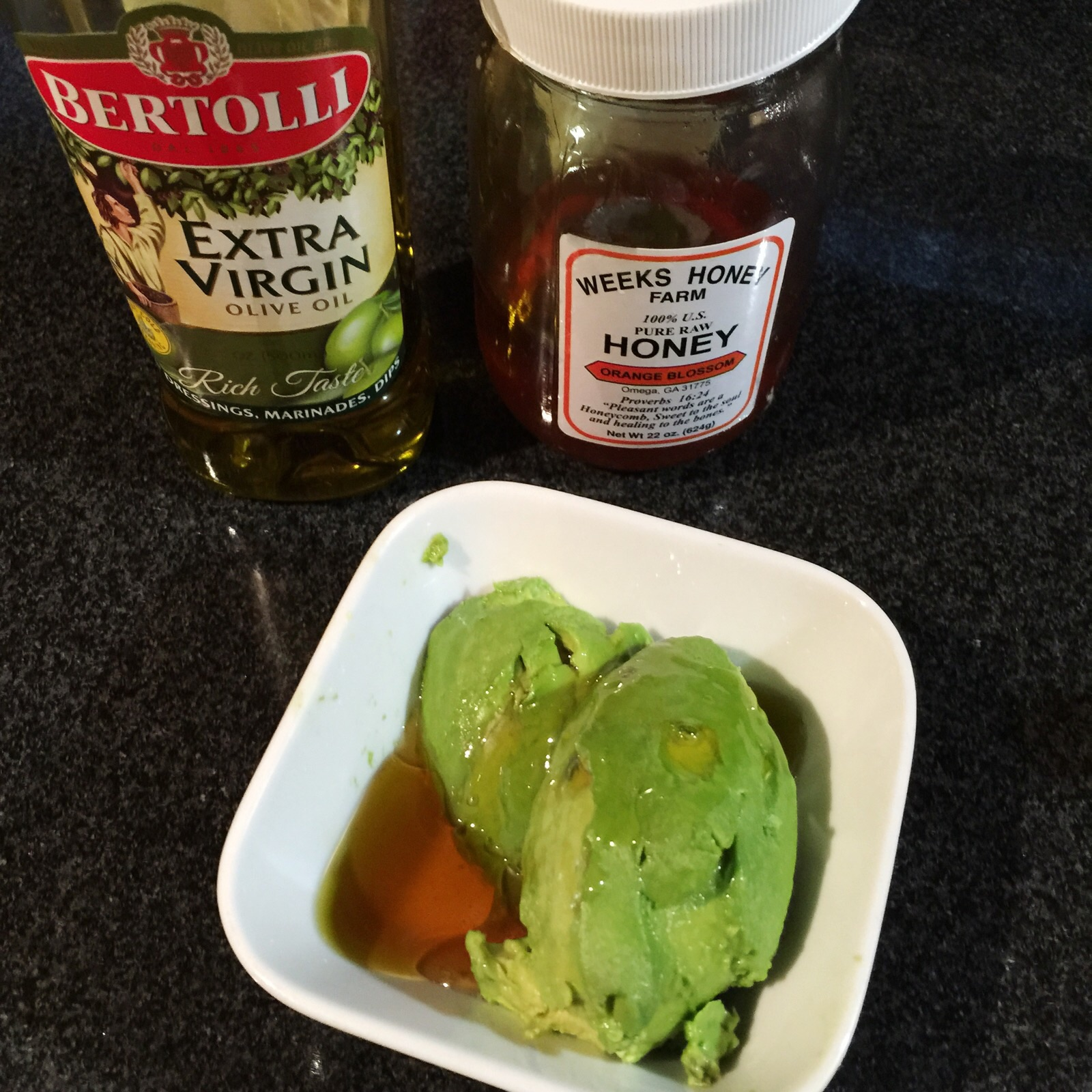 Quick and Easy Avocado Hair and Face Mask