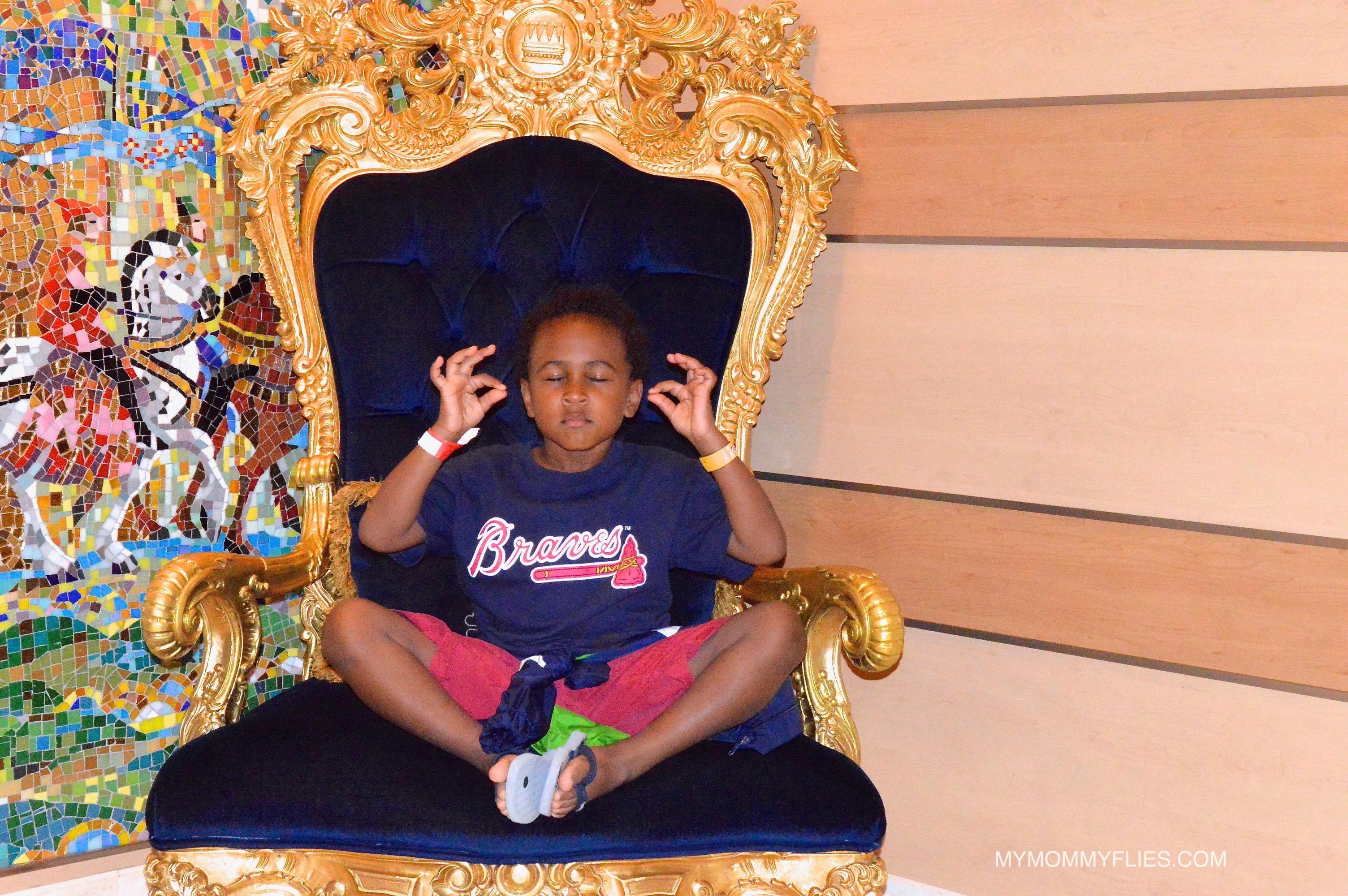 Disney_Cruise_Line_Concierge_Stateroom